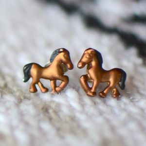 Jewelry - tiny horse earrings